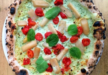 Pizza Green-White-Red